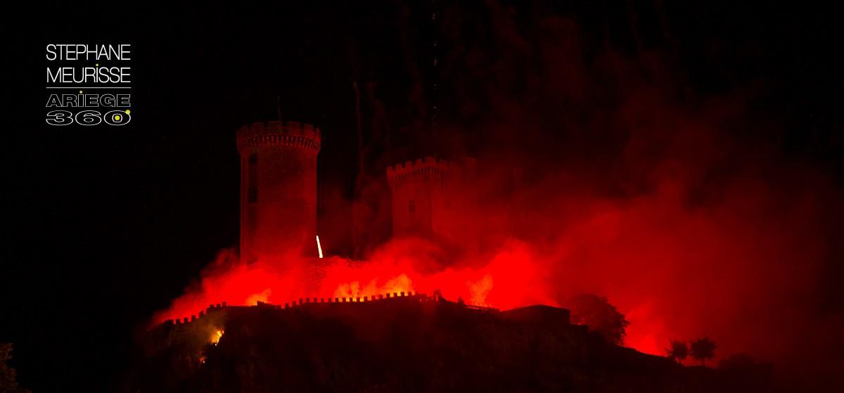 Le château de Foix s'embrase !