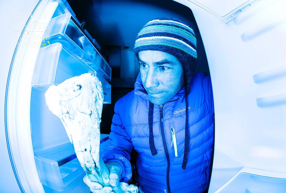 Strobist - into the frigo